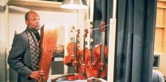 El violín rojo, de François Girard