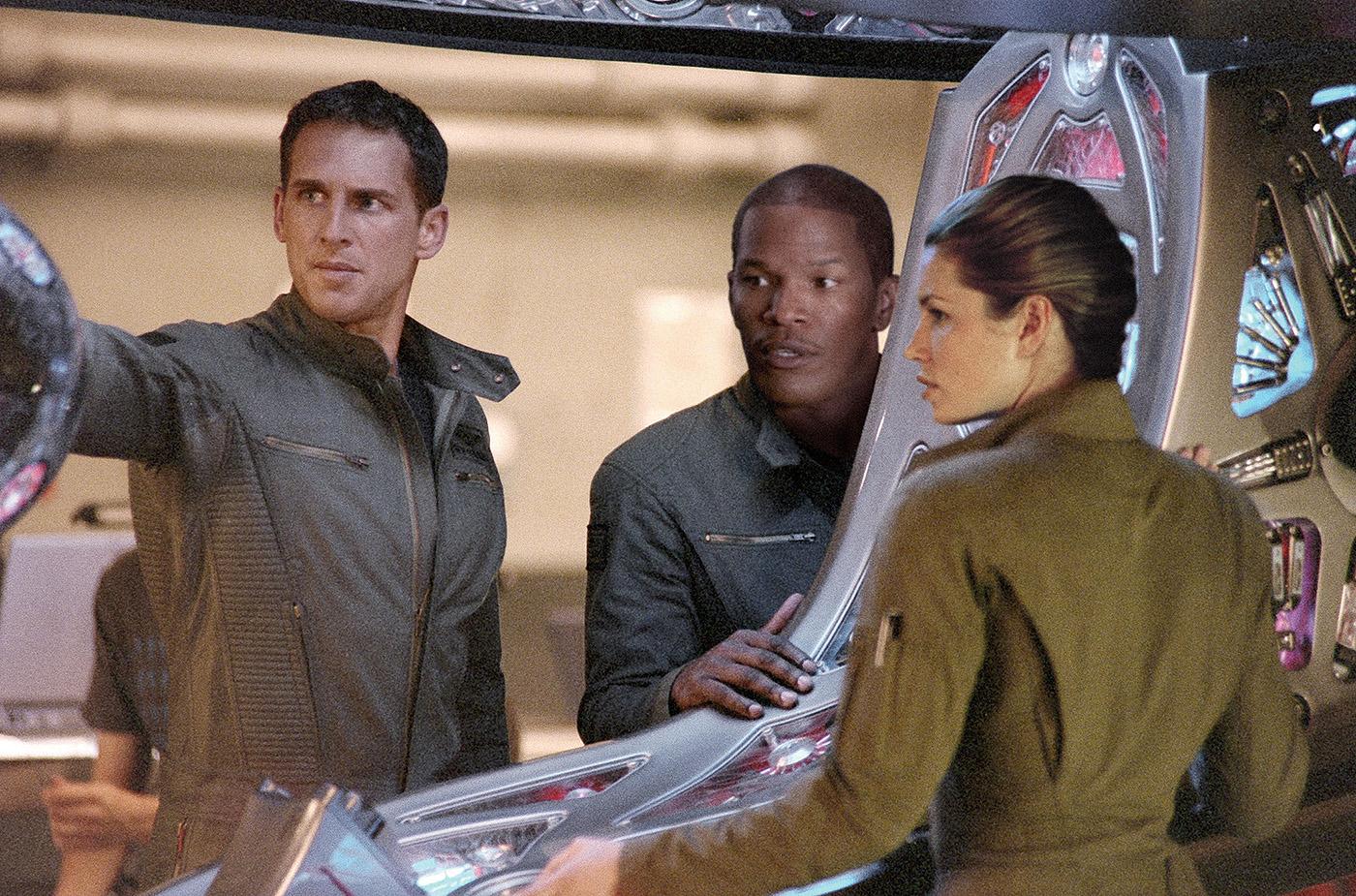 La amenaza invisible. Stealth (2005)