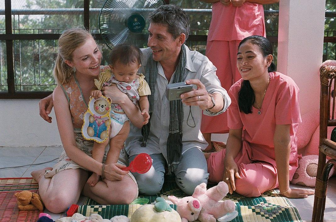 La pequeña Lola (2004)