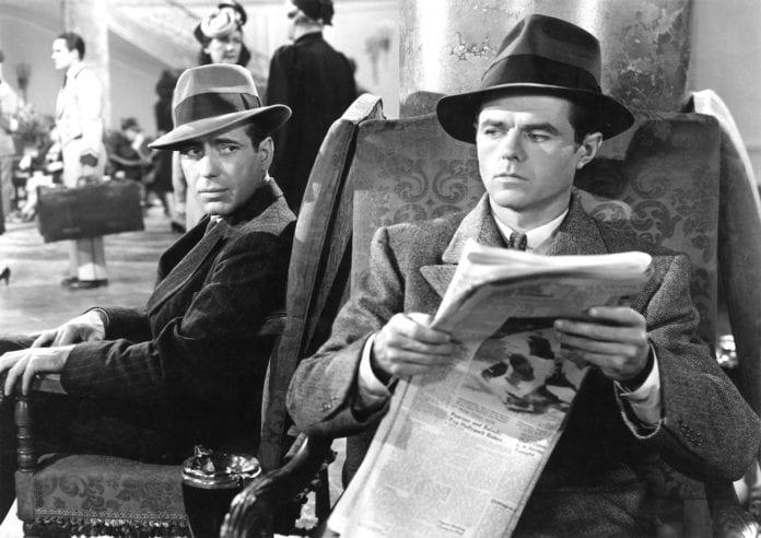 Humphrey Bogart como Sam Spade en El Halcón Maltés