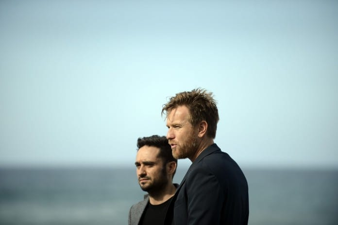 Ewan McGregor y Bayona promocionando Lo imposible en el Festival de San Sebastian