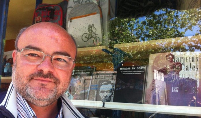 Juan Antonio Moreno, autor de Miradas en corto. Un lustro para la consolidación del cortometraje español