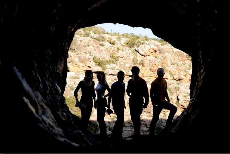La cueva (Alfredo Montero, 2014)