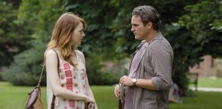 Emma Stone y Joaquin Phoenix en Irrational Man