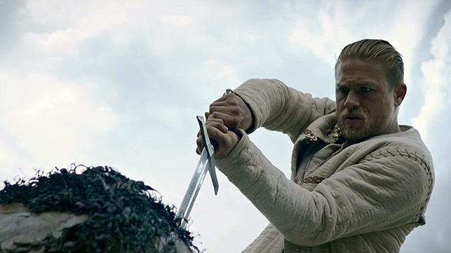 Rey Arturo. La leyenda de la espada