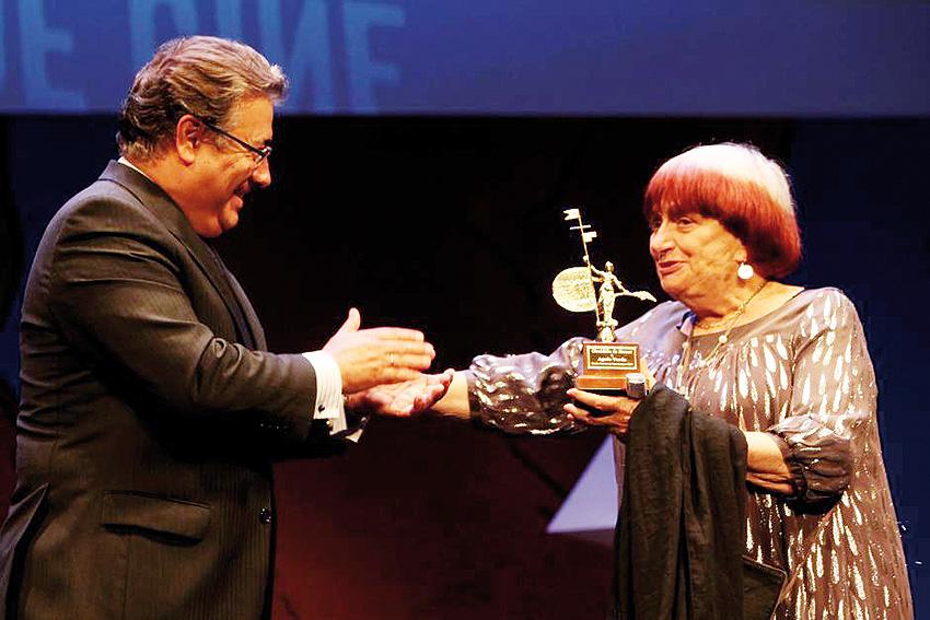 Agnès Varda, fotógrafa, cineasta, artista