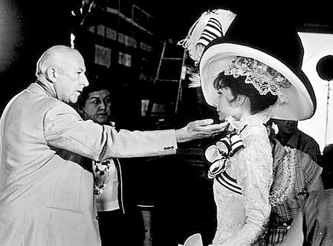 Cecil Beaton con Audrey Hepburn, con el vestuario de  My fairLady