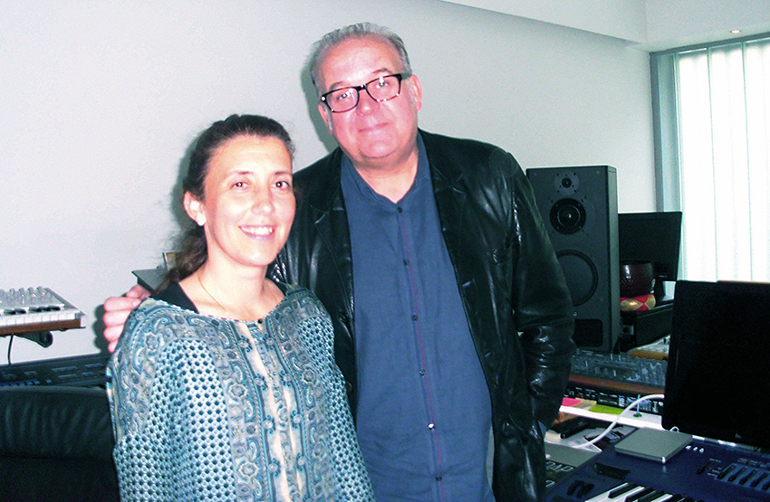 Craig Armstrong, con Sofía López (FilaSiete)