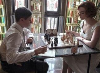 Gambito de dama (2020), de Scott Frank y Allan Scott