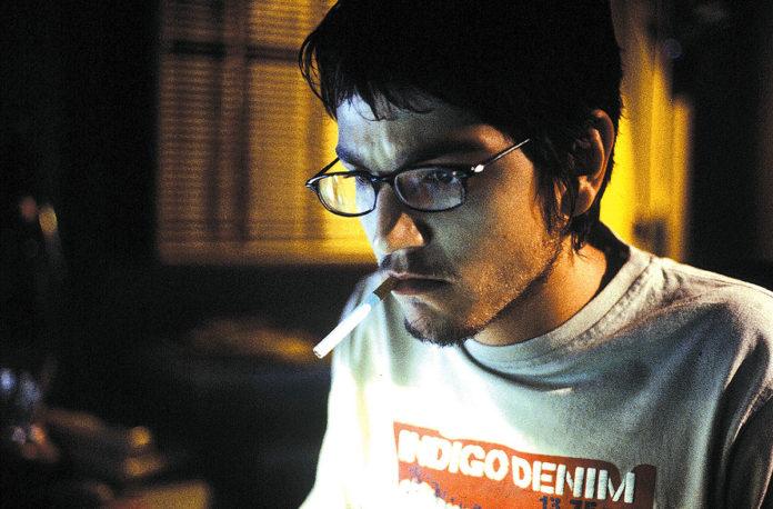 Diego Luna en Nicotina (2004)