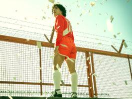 Maradona: Sueño bendito (2021)